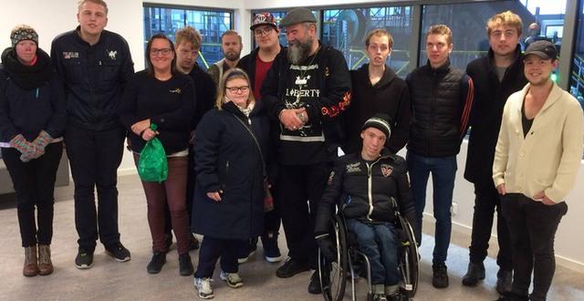 En grupp deltagare på Praktisk linje Katrinebergs folkhögskola.