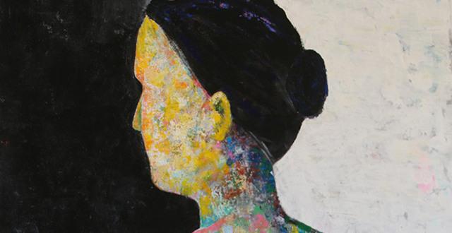 Bild på kvinna målade av deltagare på Konstlinjen Löftadalens folkhögskola.