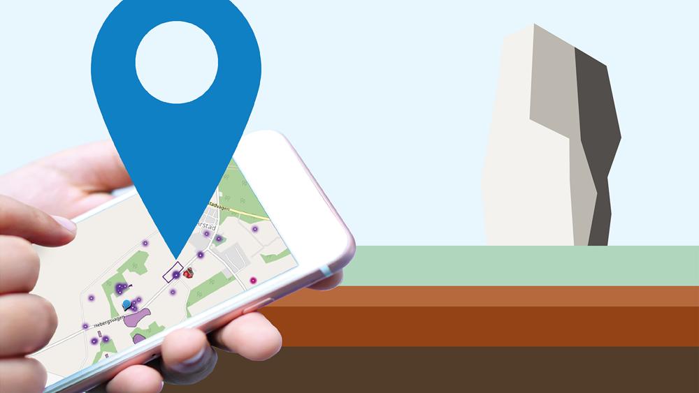 Barnhänder som håller en mobiltelefon med en karta och en stor blå platsmarkör som sticker upp.