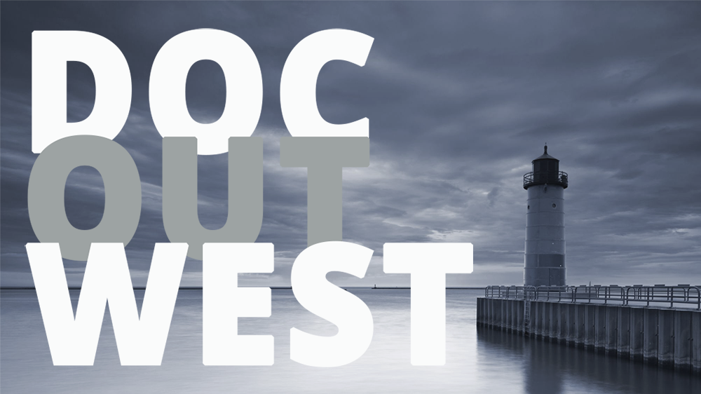 """En fyr vid ett stilla hav och molnig himmel, över bilden ligger texten """"Doc Out West""""."""